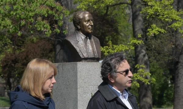 Възстановиха паметника на Панчо Владигеров в София