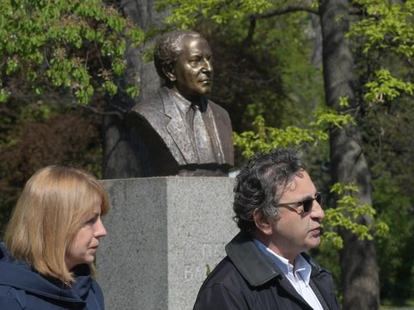 Кметът на София Йорданка Фандъкова и наследникът на големия композитор
