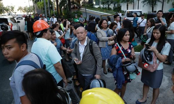 Петима загинали при земетресението във Филипините