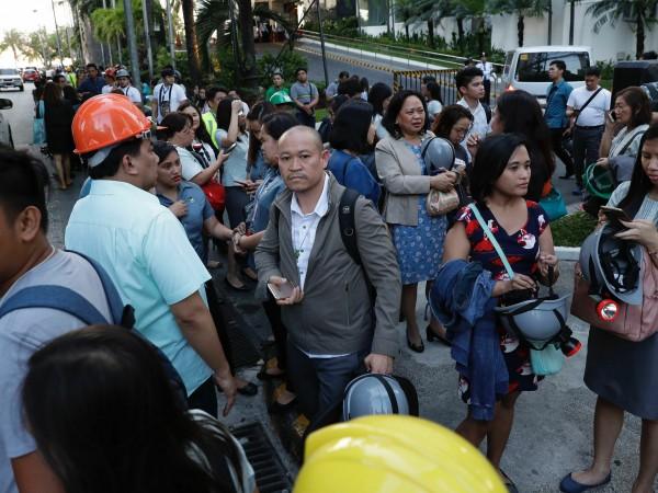 Снимка: Петима загинали при земетресението във Филипините