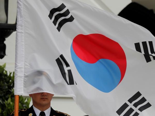 Снимка: Южна Корея: Приветстваме посещението на Северна Корея в Русия