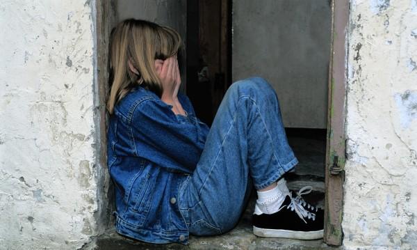 Възпитанието с шамари остава законно, за да не се гневят родителите