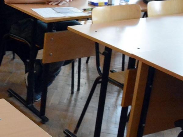 Общинските съвети в общините, където не достигат места в детските