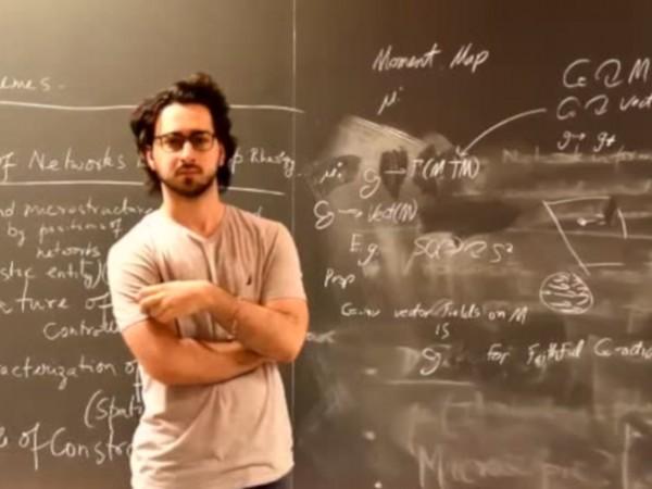 23-годишно момче стана първият българин, спечелил стипендия за млади учени
