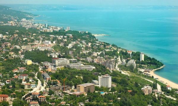 Паднаха по-високите данъци за жилищните имоти в курортите