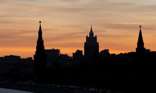 Стрелба близо до метростанция в Москва. Двама са загинали