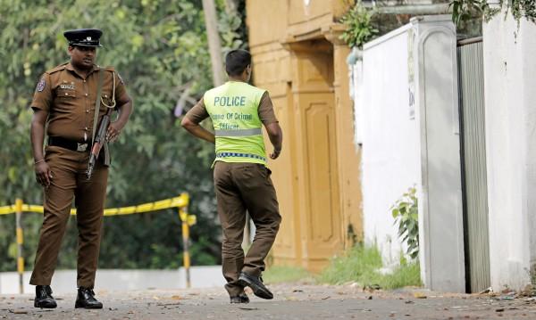 Престрелка, нови три взрива в къща - 15 загинали при акция в Шри Ланка