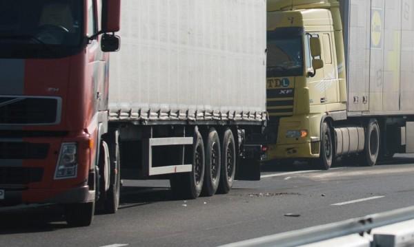 За голямото прибиране: Утре спират камионите