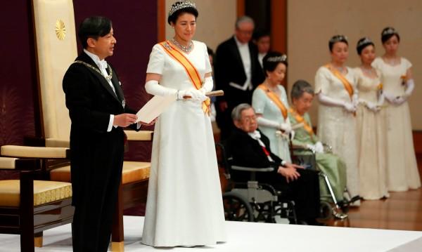 Новият император на Япония Нарухито получи властта