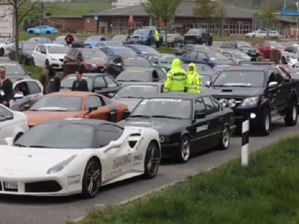 Германската полиция задържа 120 спортни автомобила, за които се предполага,