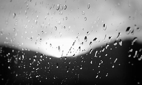 Дъжд и градушки в празничния Гергьовден