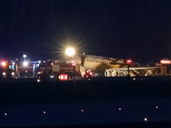 """Руски медии цитираха пилот на самолета на """"Аерофлот"""", който снощи"""