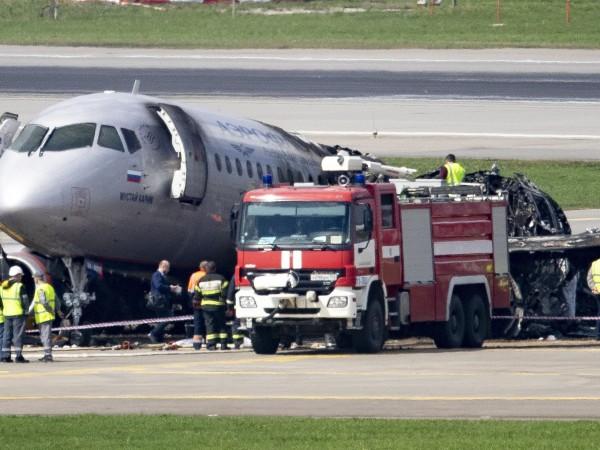 """На московското летище """"Шереметиево"""" катастрофира на 5 май вечерта самолет"""