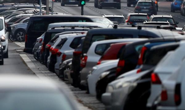 Не купуваме коли на дизел, залагаме на бензин или хибриди