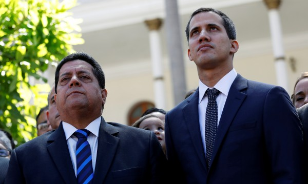 Арестуваха дясната ръка на Гуайдо във Венецуела