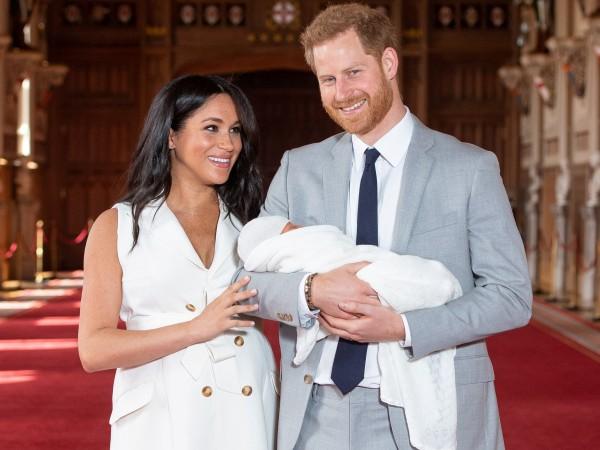 Британци не вярват, че бебето на Меган и Хари е