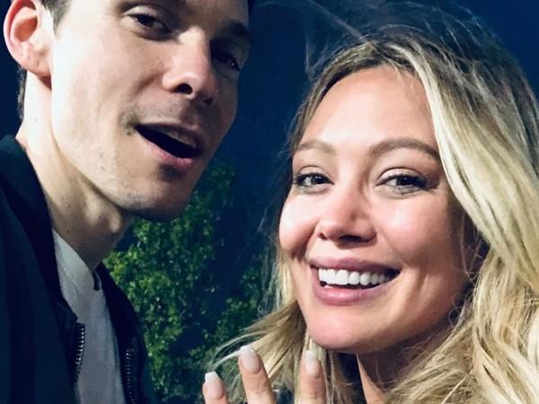 Хилари Дъф се сгоди за дългогодишния си приятел Матю Кома,