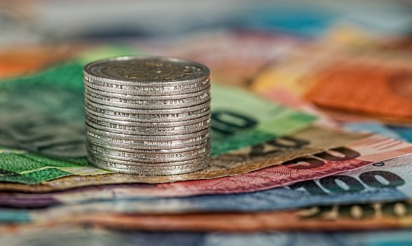 Българските фирми се разплащат все по-бавно