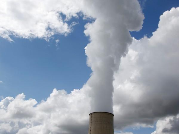 Концентрацията на въглероден диоксид в земната атмосфера достигна рекордно ниво,