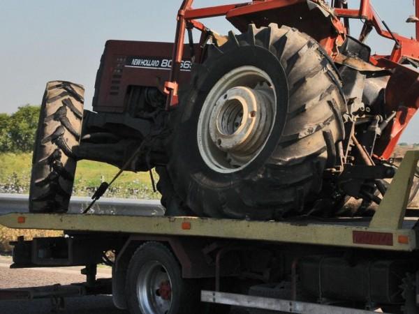 Пиян тракторист катастрофира в добричко село, съобщават от Областната дирекция