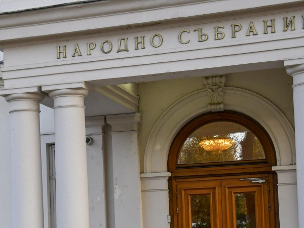 Рокадата в земеделското министерство и освобождаването на Румен Порожанов като
