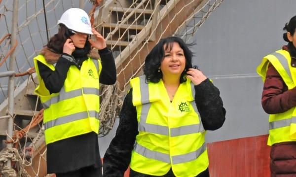 """Петкова не видя аргументи в протеста на """"малките"""" енергетици"""