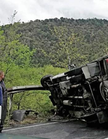 Италианец загина в тежка катастрофа между кола и ТИР