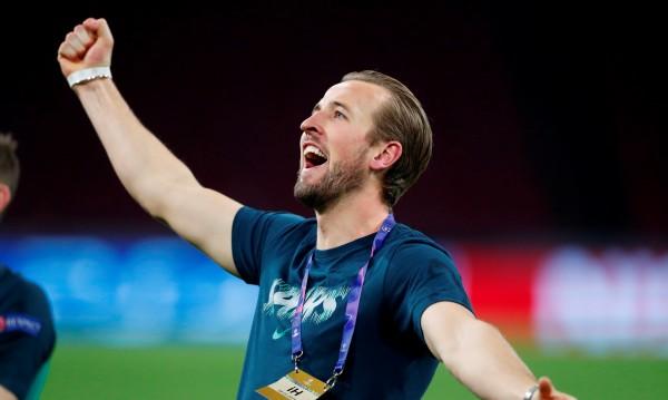 Радост в Тотнъм: Хари Кейн ще е на линия за финала в ШЛ