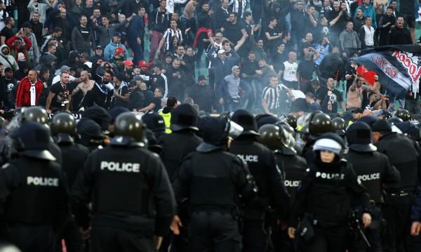 "Около 40 души са задържаните на мача между ""Локо"" и ""Ботев"""
