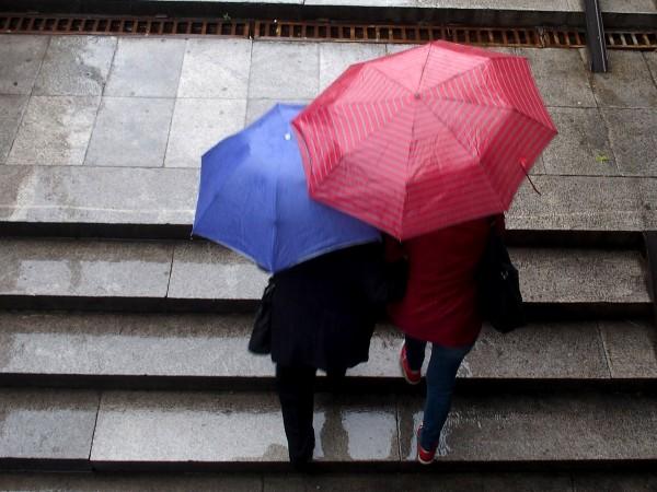 Преди обяд валежите временно ще спрат и облачността за кратко