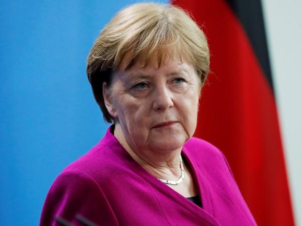 Германският канцлер Ангела Меркел каза в публикувано днес интервю в