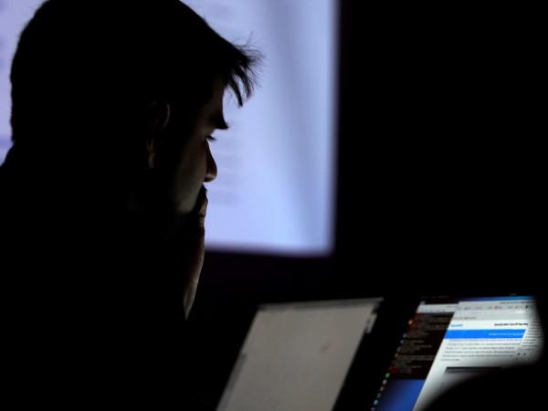Европол разби международна кибер банда, откраднала 100 милиона долара от