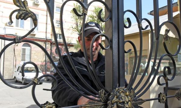 И обирджиите на кипъреца Пирилис остават в ареста