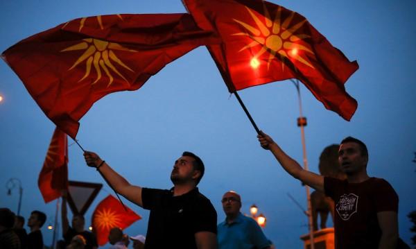 Набедиха македонски депутат за наркоман. Той: Исках масло от канабис за сестра ми