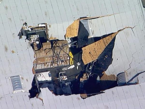 Изтребител F-16 се вряза в сграда в Калифорния, в близост
