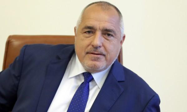 """Борисов на строежа на """"Хемус"""": Магистралата пораства, дългът намалява!"""
