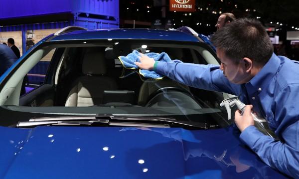 Продажбите на нови коли у нас със скок от 5%