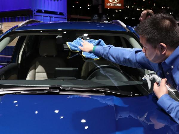 Продажбите на нови автомобили в България са нараснали през април