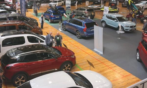 Статистика: 10 пъти по-бедни сме от германците по покупки на нови коли