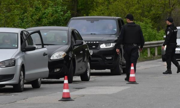 МВР за убийството в Костенец: Открихме оръжие при издирването