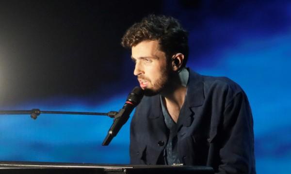 """Букмейкъри: Лорънс с """"Arcade"""" е фаворит на """"Евровизия"""""""
