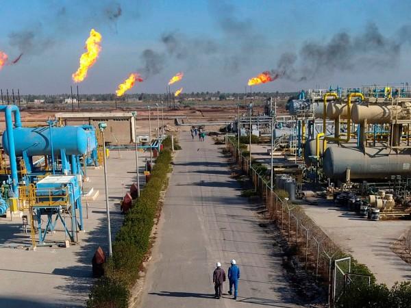 Петролният гигант ЕксонМобайл е евакуирал всички свои чуждестранни служители и