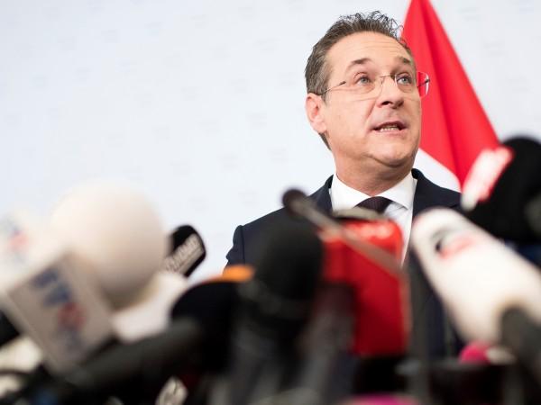 Австрийският вицеканцлер Хайнц-Кристиан Щрахе от крайнодясната Партия на свободата днес