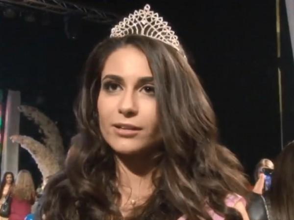 """Тазгодишната """"Царица Роза"""" на Казанлък е Вероника Кънева. Тя бе"""
