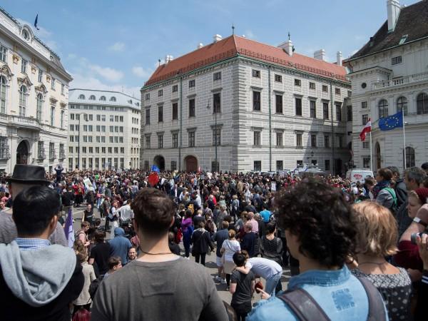 Предсрочни парламентарни избори в Австрия след оставката на вицеканцлера Хайнц-Кристиан