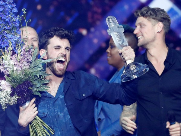 Arcade на Дънкан Лорънс спечели Евровизия 2019 за Холандия. Участникът
