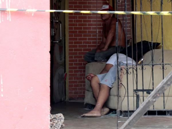 Най-малко единайсет души са били убити снощи при стрелба в