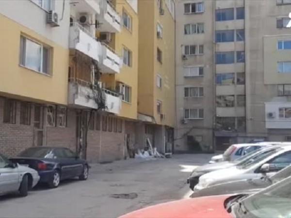 """Бойлер избухна в пловдивски блок на бул. """"Източен"""". Нанесени са"""