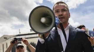 Джамбазки гневен на протестиращите роми в Бургас