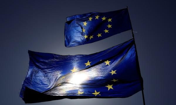 Галъп: Европейците искат ЕС, но се страхуват от разпадането му